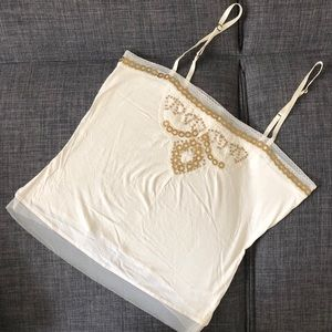Banana Republic like new embroidered camisole
